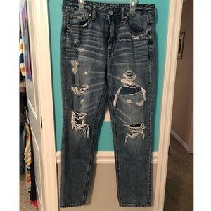 American Eagle Hi-Rise Tomgirl Jeans